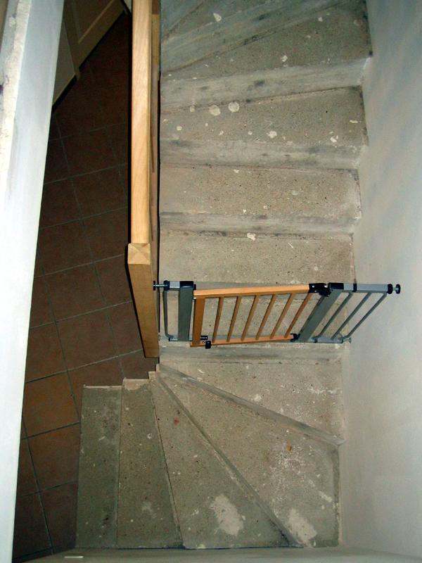 rev tement escalier b ton 7 messages. Black Bedroom Furniture Sets. Home Design Ideas